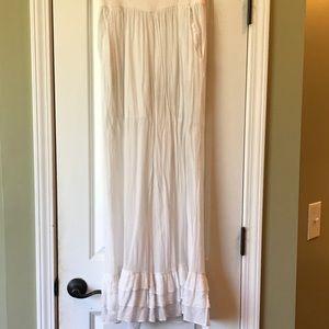 White ruffle pants